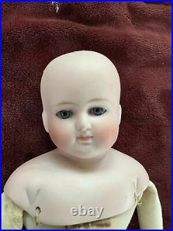 17 German Antique Doll-turned Shoulderhead