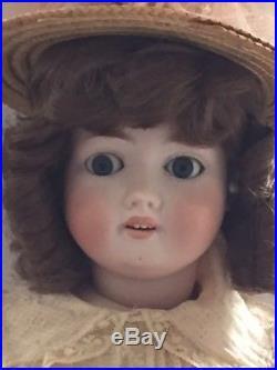 1909 antique doll. Bisque head. 24, Schoenau & Hoffmeister of Bavaria