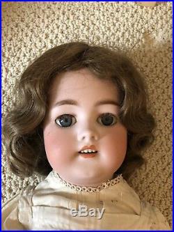 25 1078 Halbig S&H Antique Doll