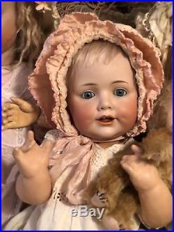 ADORABLE 20 J. D. Kestner #247 Hildas big sister blue eyes and deep dimples