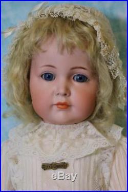 Antique 23 Kammer & Reinhardt KR Mein Liebling 117A My Darling Character Doll