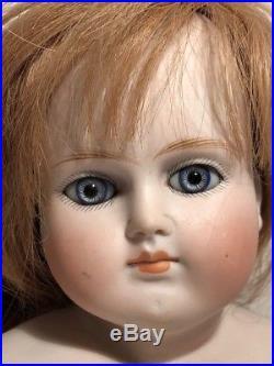 Antique Bisque Shoulder Head ABG 639 German French Market Doll Head