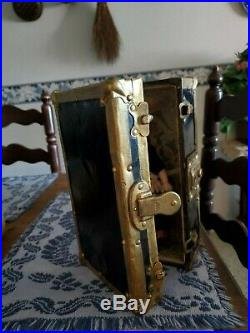 Antique German 8 Doll With Antique Trunk