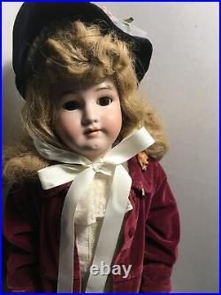 Antique Heinrich Handwerck Simon & Halbig German 29 Girl Doll Lovely Expression