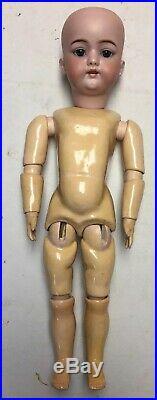 Antique Simon Halbig 1079 Doll 16