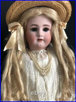 Antique Simon Halbig & Henrich Handwerk 31 Doll Bisque Head Composition Body