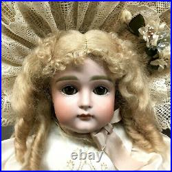 Early 22 Closed-Mouth Kestner 13 Antique Bisque-Head German Doll JDK