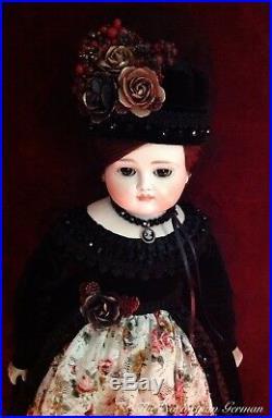 Elegant Early Antique Johann Kestner Doll 21 Closed Mouth