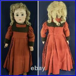 Exceptional 18 inch Jules Steiner Closed Mouth Series A Antique Doll