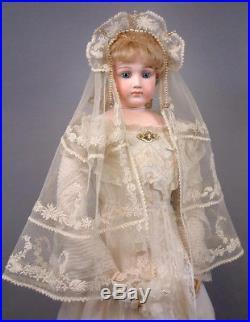 Incredibly Beautiful 30 Jumeau Portrait Bride Fashion Doll circa 1885