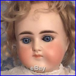 Lovely C/M Alt Beck & Gottschalk 18 Turned Shoulder Head 698 German Bisque Doll