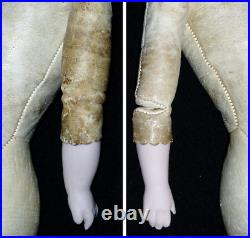 RARE! Antique German 949 SIMON & HALBIG Doll 17 Closed Mouth Solid Dome